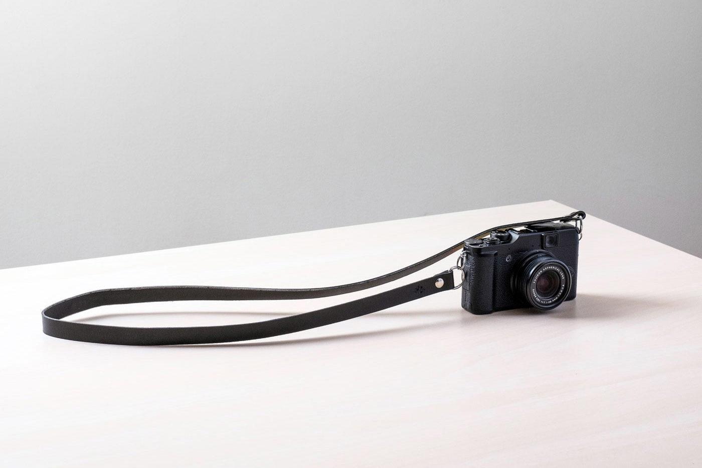 Correa de cuero para cámara de fotos Bretema negra